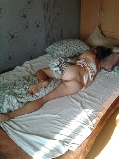 Подсмотренное за спящими девушками смотреть, фото жен на природе ню