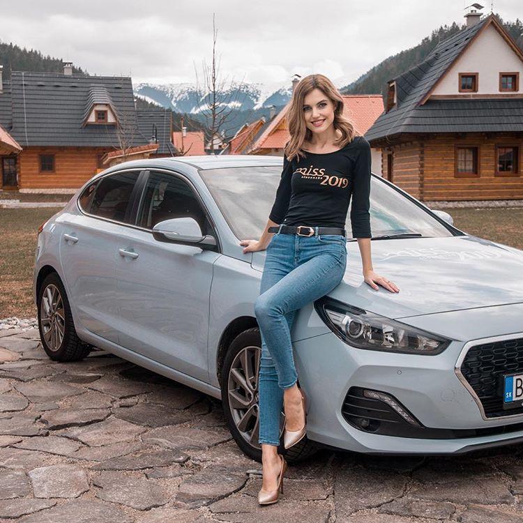 candidatas a miss slovensko 2019. final: 27 de abril. - Página 11 1G8zuX