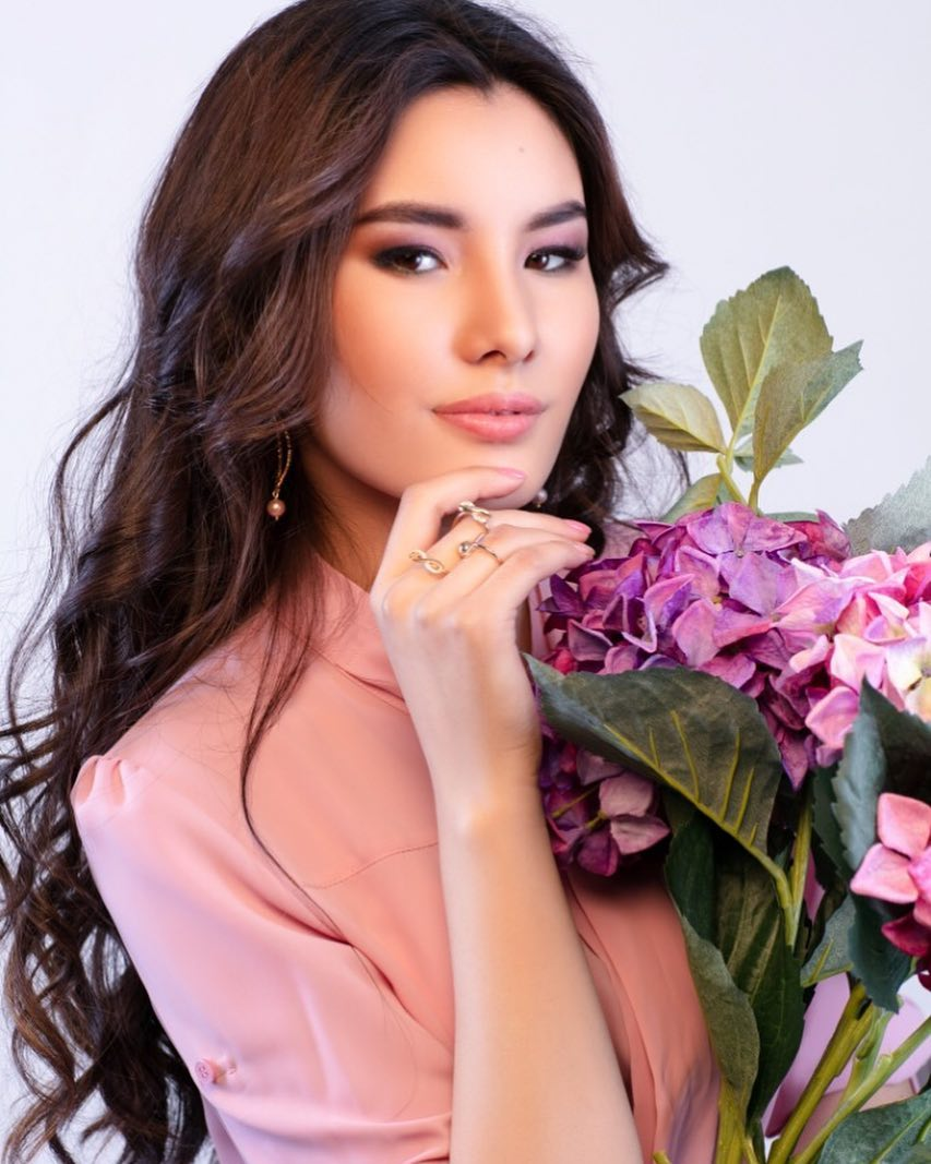 candidatas a miss kazakhstan 2019. final: 2 may.  - Página 2 1GH3Xr