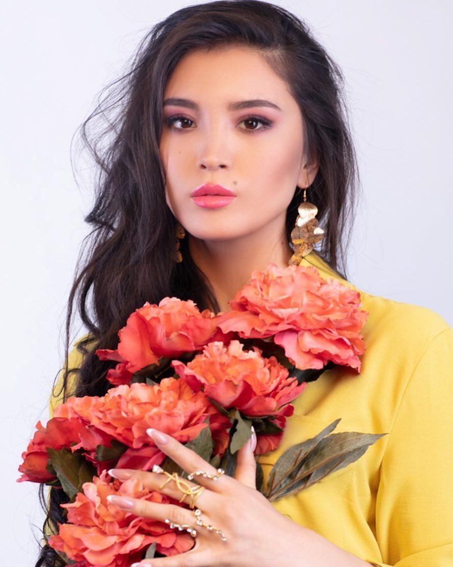 candidatas a miss kazakhstan 2019. final: 2 may.  - Página 2 1GHLTM