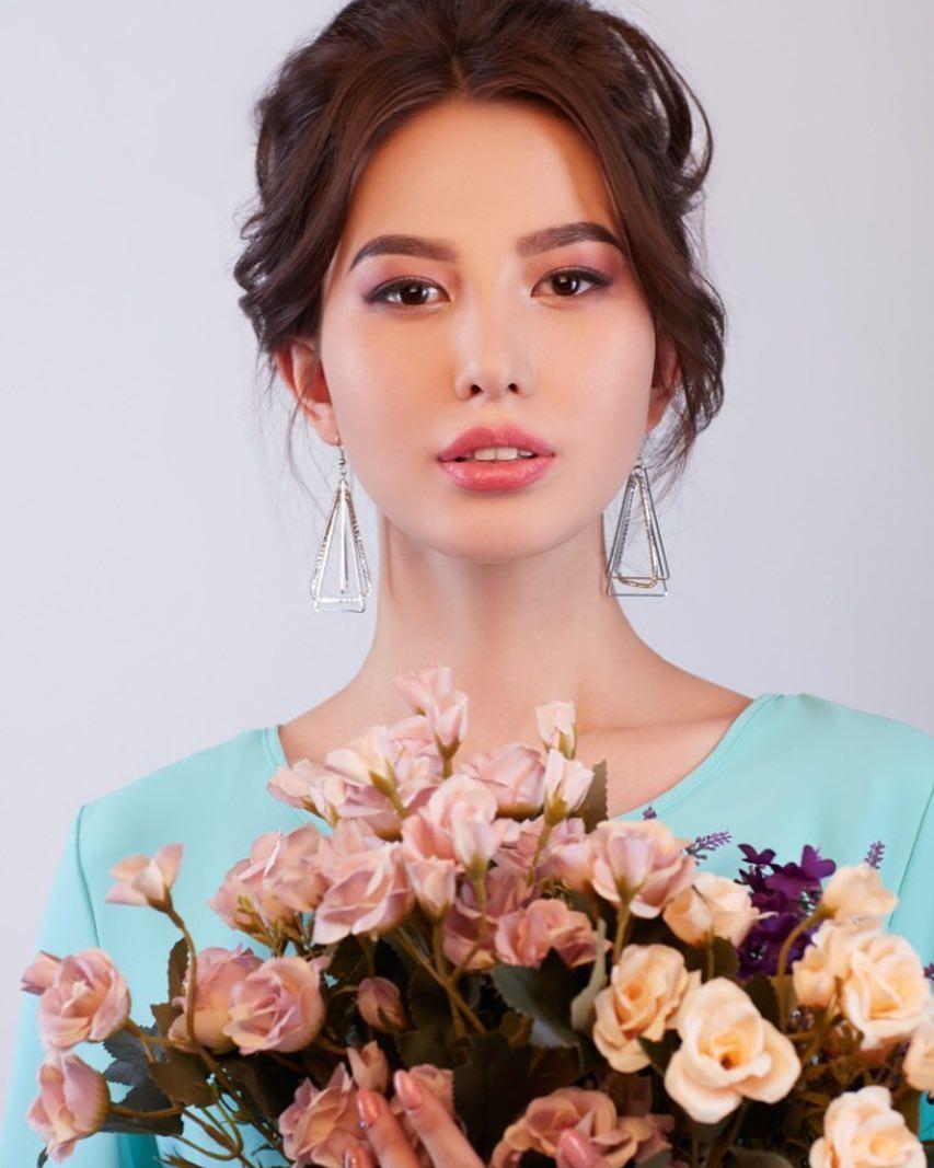 candidatas a miss kazakhstan 2019. final: 2 may.  - Página 2 1GHpTg