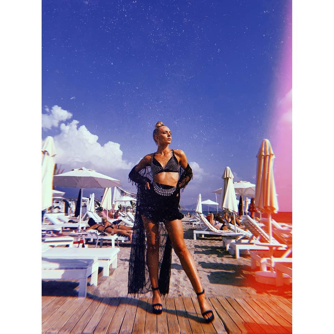 candidatas a miss suomi 2019. final: 28 sept. (concurso finlandes q envia candidatas a miss universe, miss world & miss international). - Página 4 1gvLKa