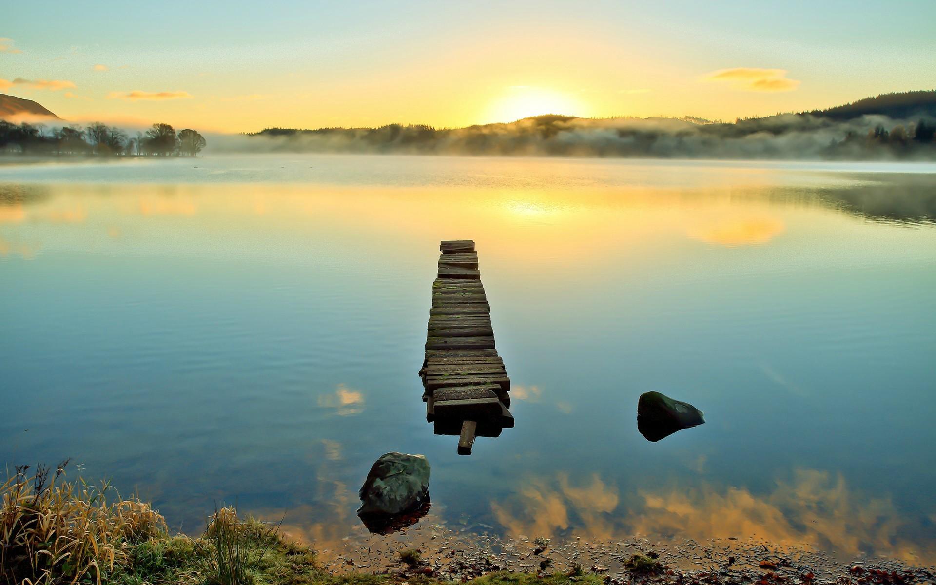 Природа вода отражение маяк без смс