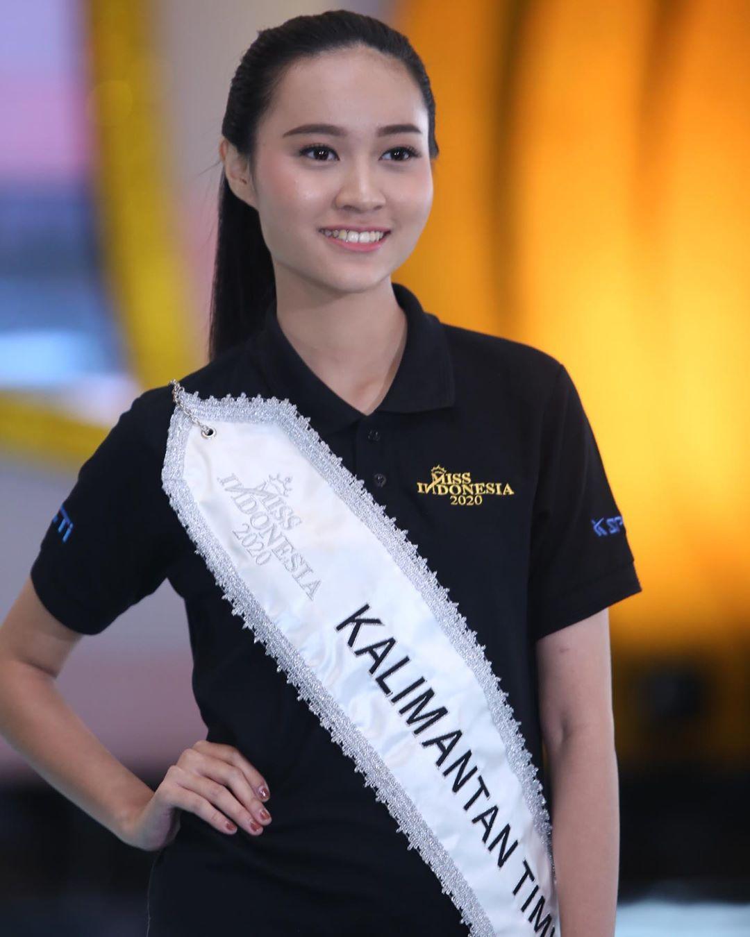 candidatas a miss indonesia 2020. final: 20 feb. - Página 2 IM0Wwr