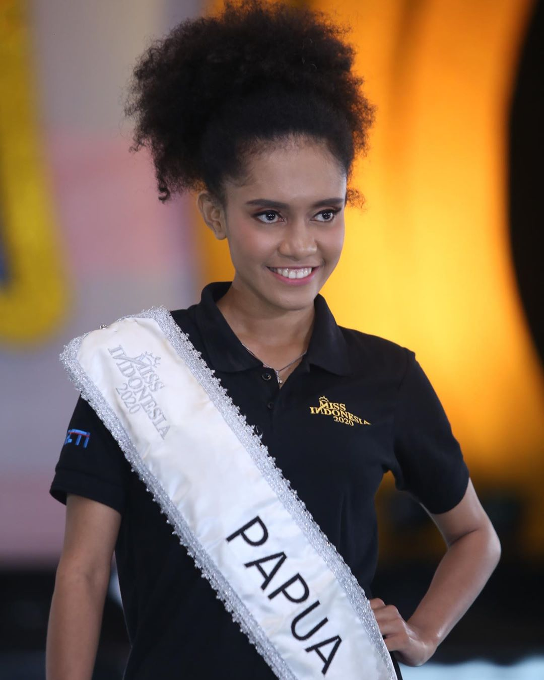 candidatas a miss indonesia 2020. final: 20 feb. - Página 2 IM0Z3x