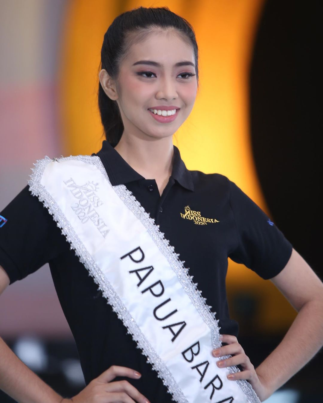 candidatas a miss indonesia 2020. final: 20 feb. - Página 2 IM0ewj