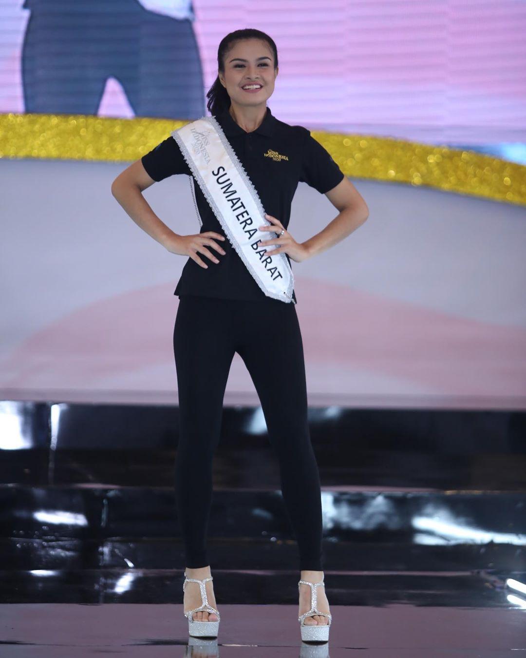 candidatas a miss indonesia 2020. final: 20 feb. - Página 5 IMWEJM
