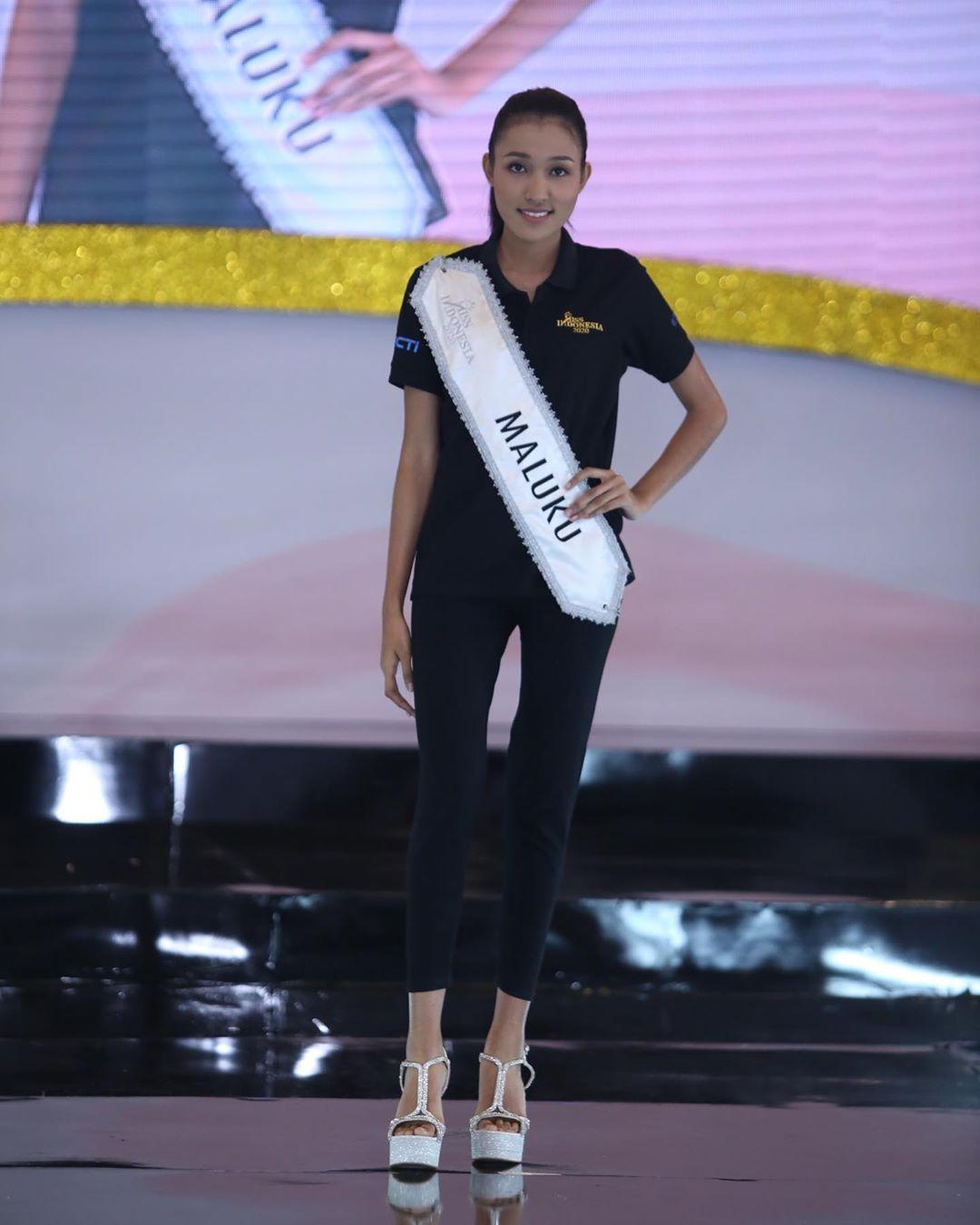 candidatas a miss indonesia 2020. final: 20 feb. - Página 4 IMWoBo