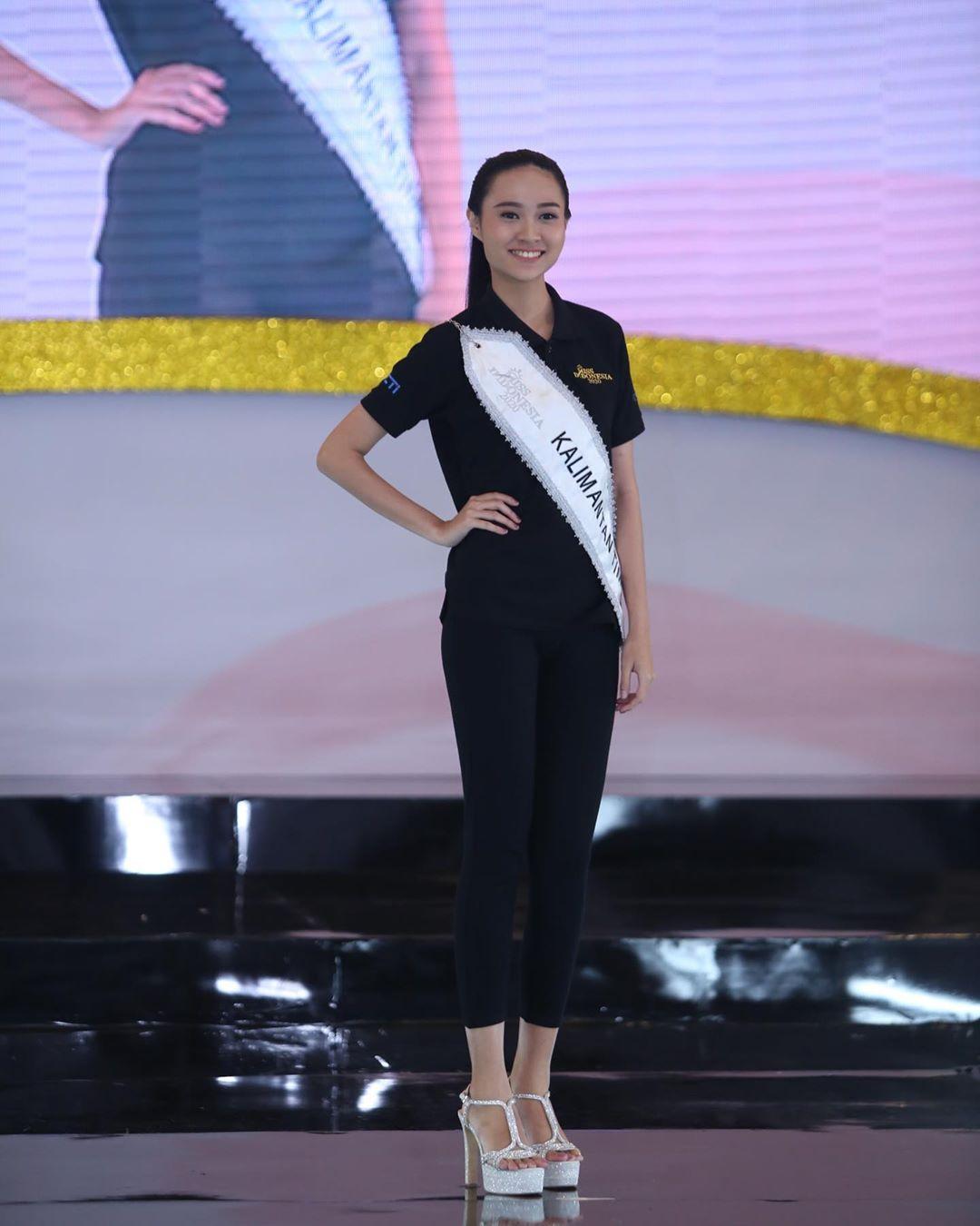 candidatas a miss indonesia 2020. final: 20 feb. - Página 4 IMWzV1