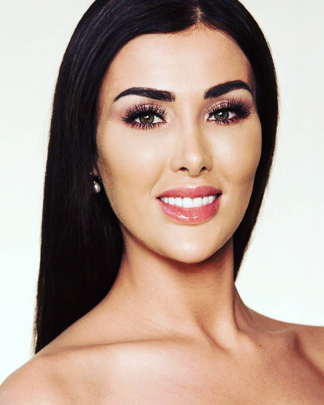 candidatas a miss global 2019. final: 18 january. IhnRC2