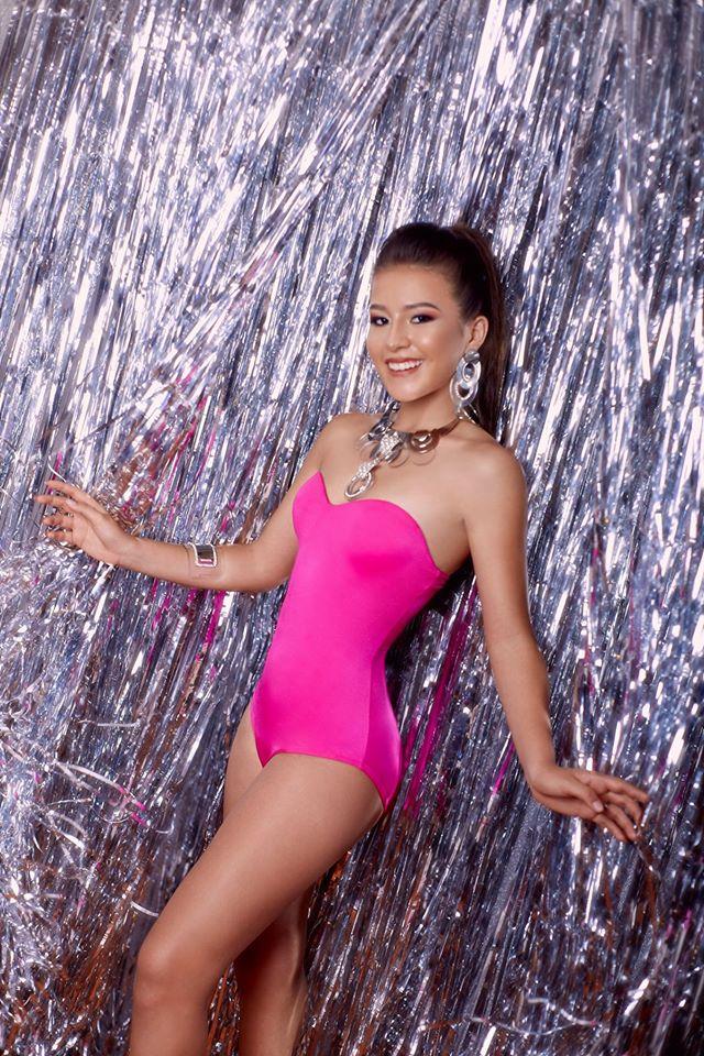 34 candidatas se disputan la corona del Miss Teen Perú Universo 2020.   ImpScF