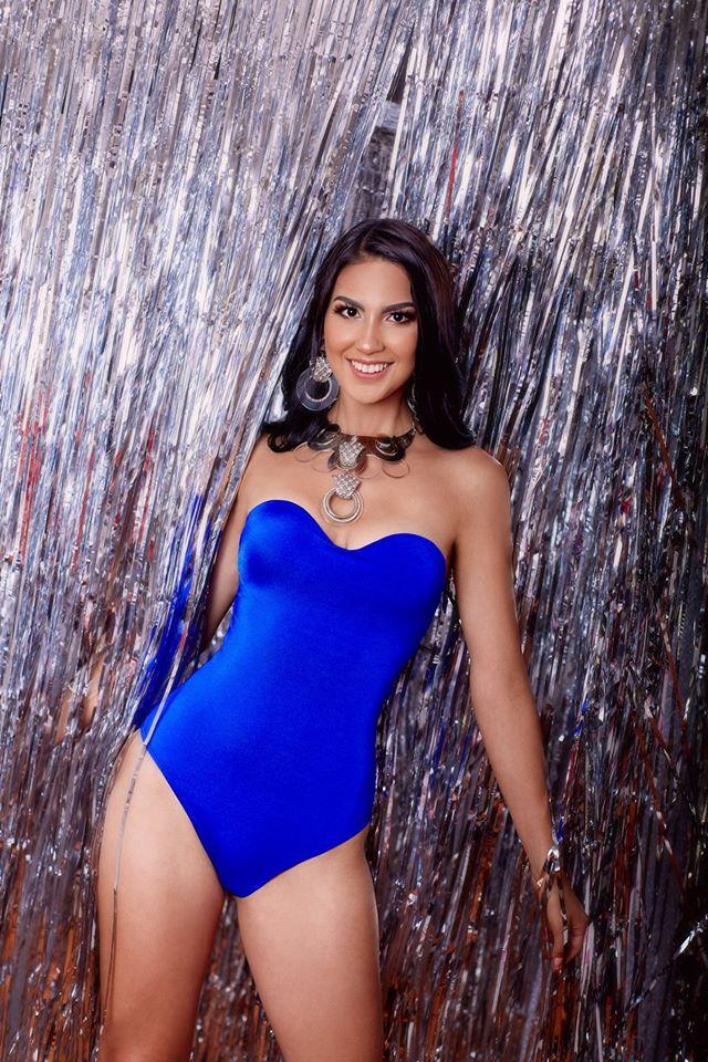 34 candidatas se disputan la corona del Miss Teen Perú Universo 2020.   ImpjMk