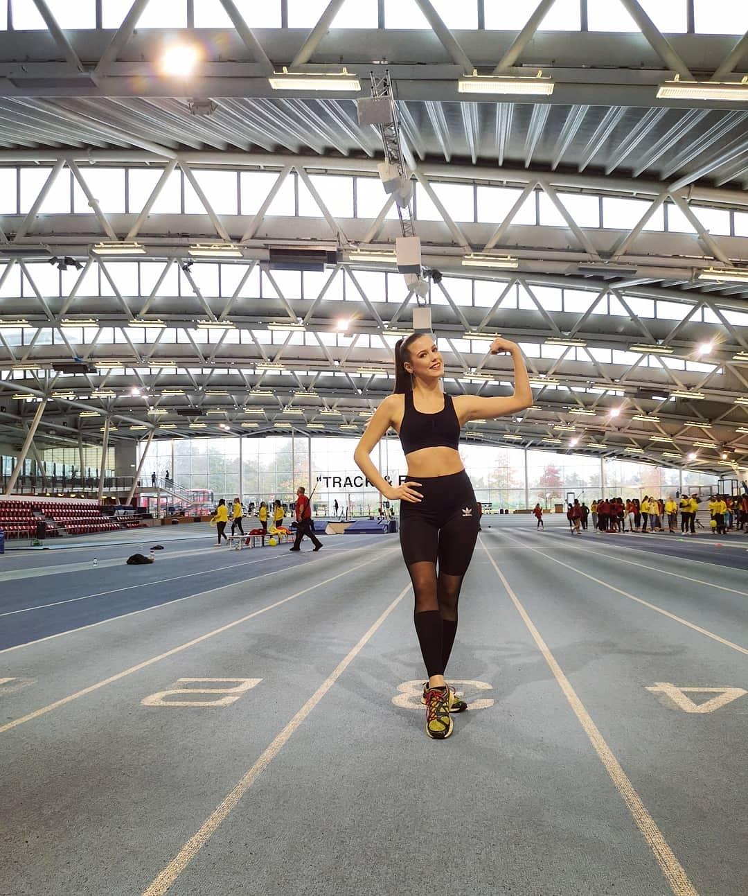 fast track miss sport de miss  world 2019. - Página 4 IuOt4x