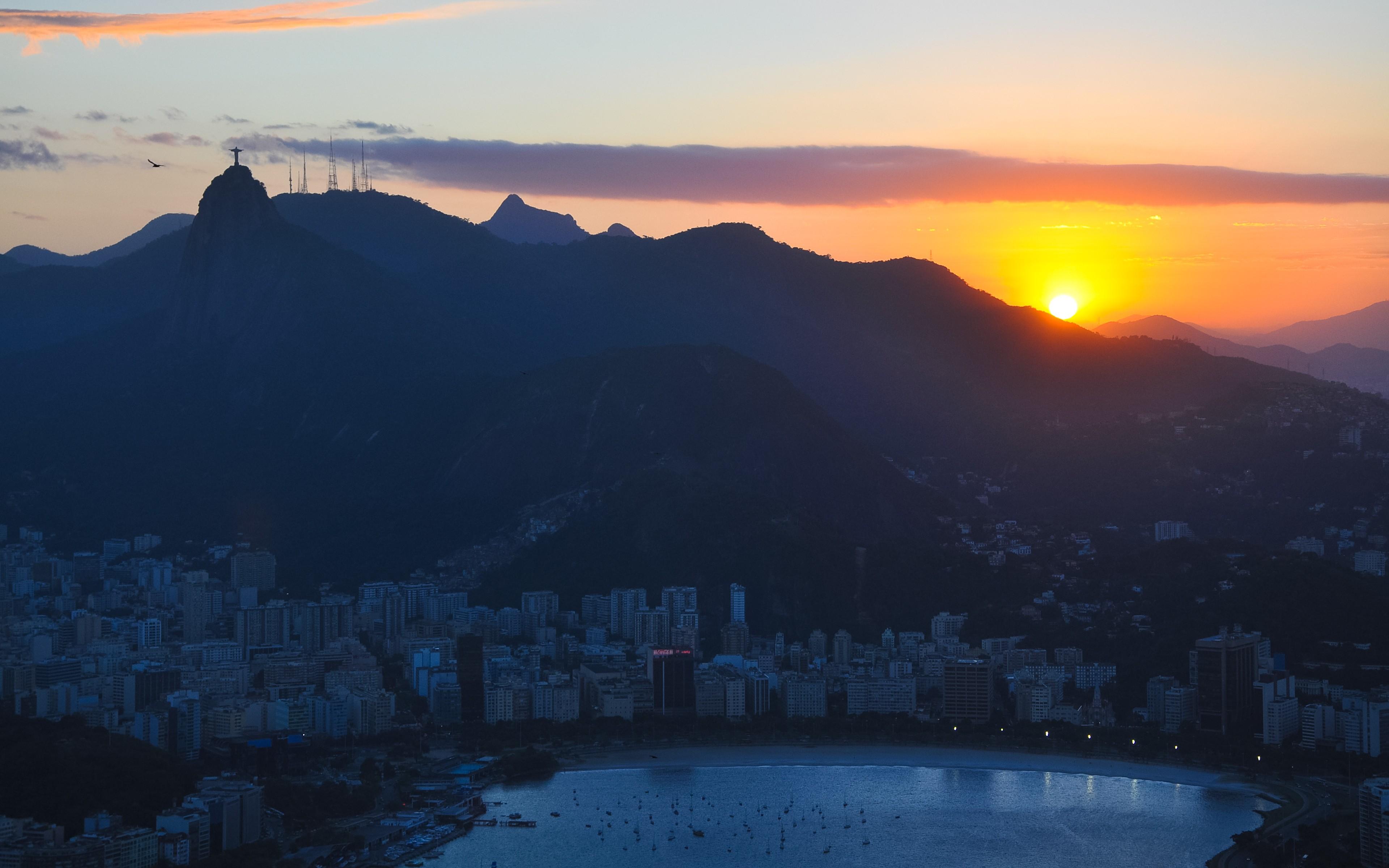 Рио-де-Жанейро перед рассветом  № 1457543  скачать