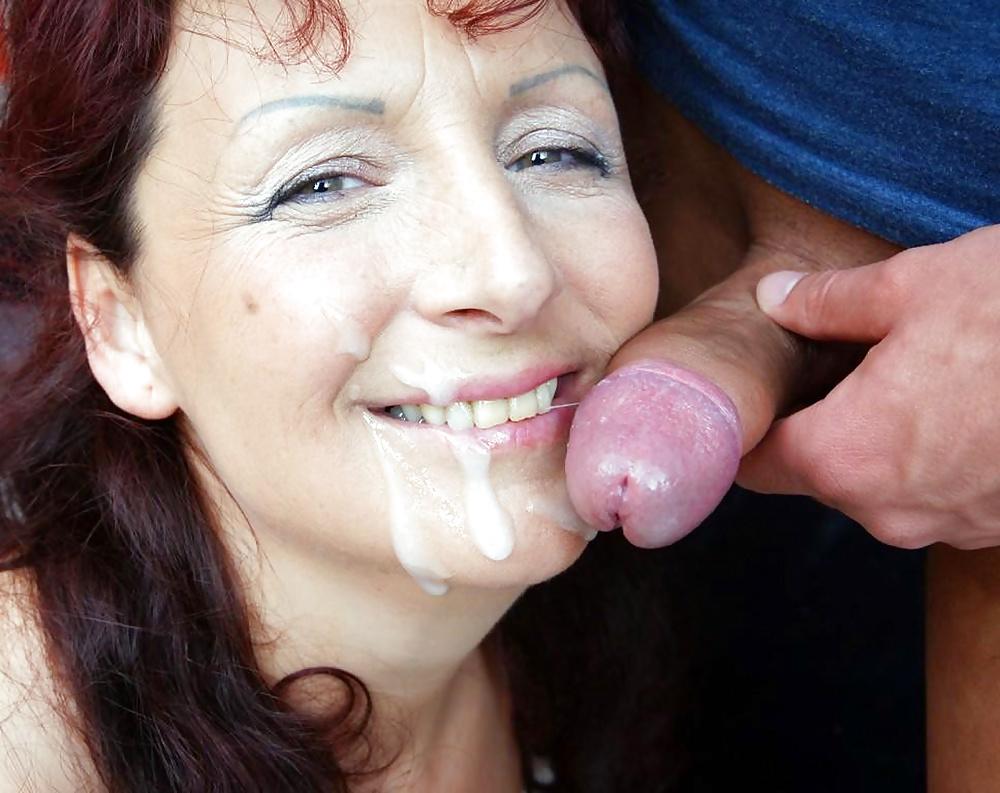 Спермой в маму онлайн, Сынок кончил мамке в вагину - смотреть порно онлайн 26 фотография