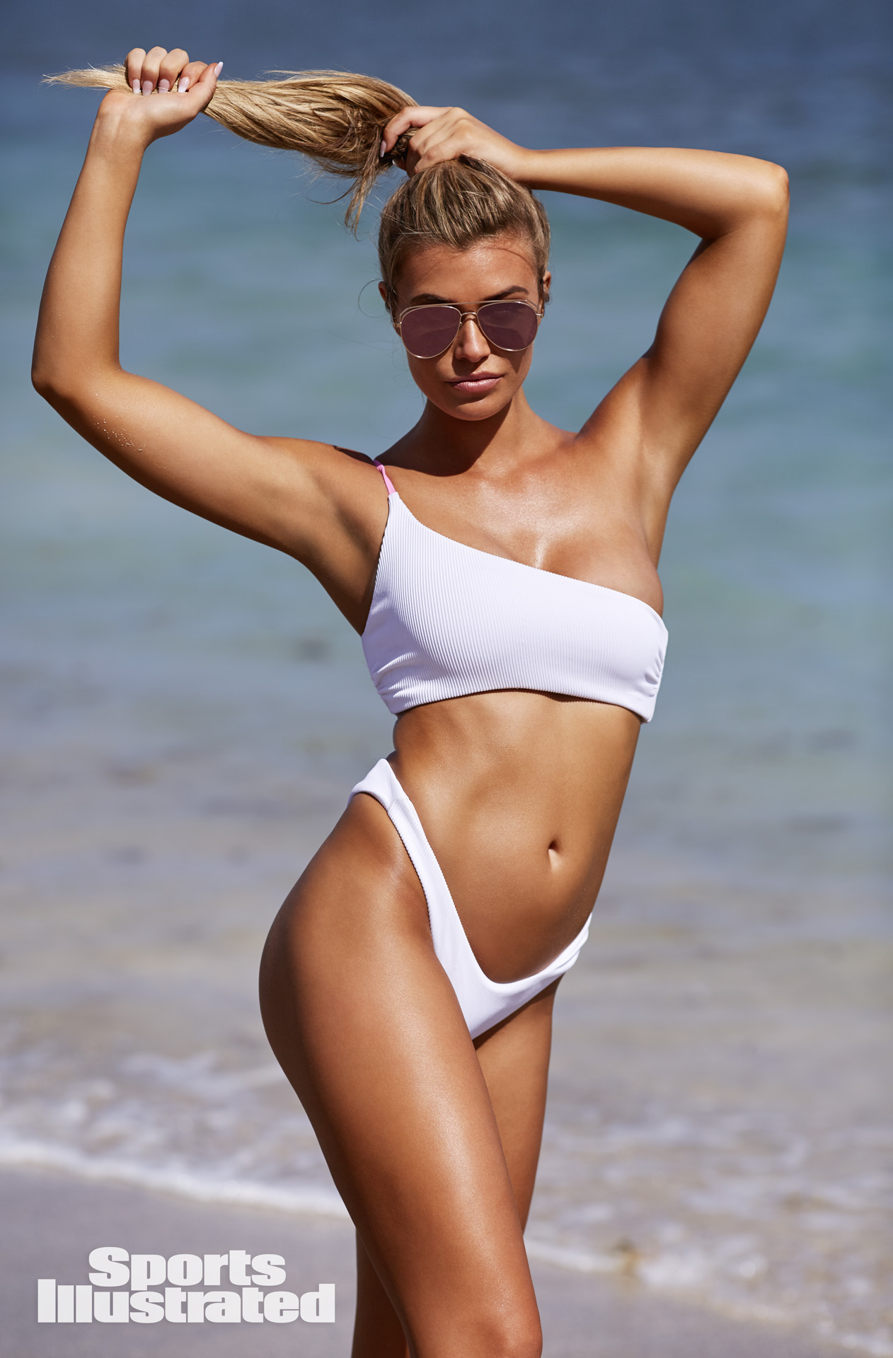 Samantha Hoopes - Sports Illustrated Swimsuit Issue 2018