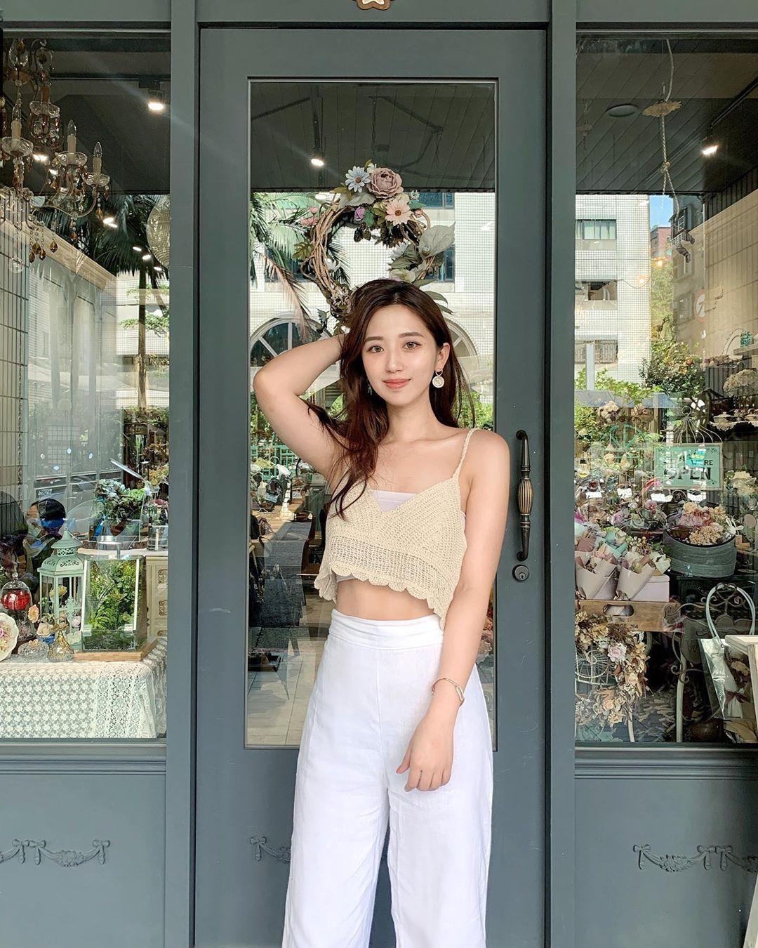 uCGH12 - IG正妹—何蓁 Chen Ho