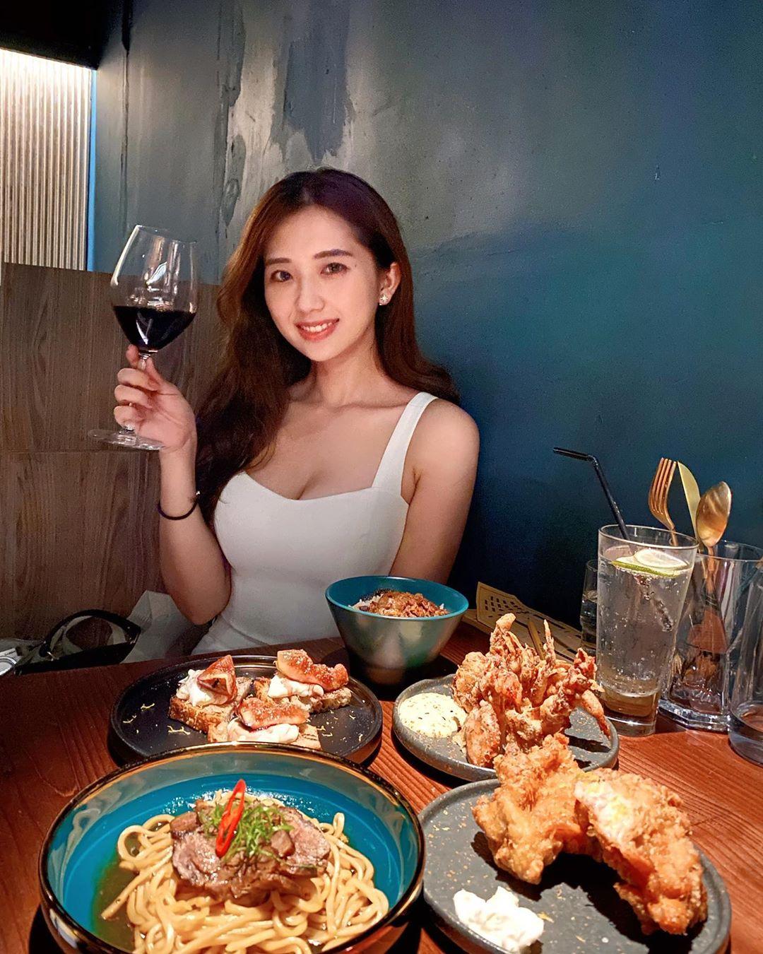 uCGfhF - IG正妹—何蓁 Chen Ho