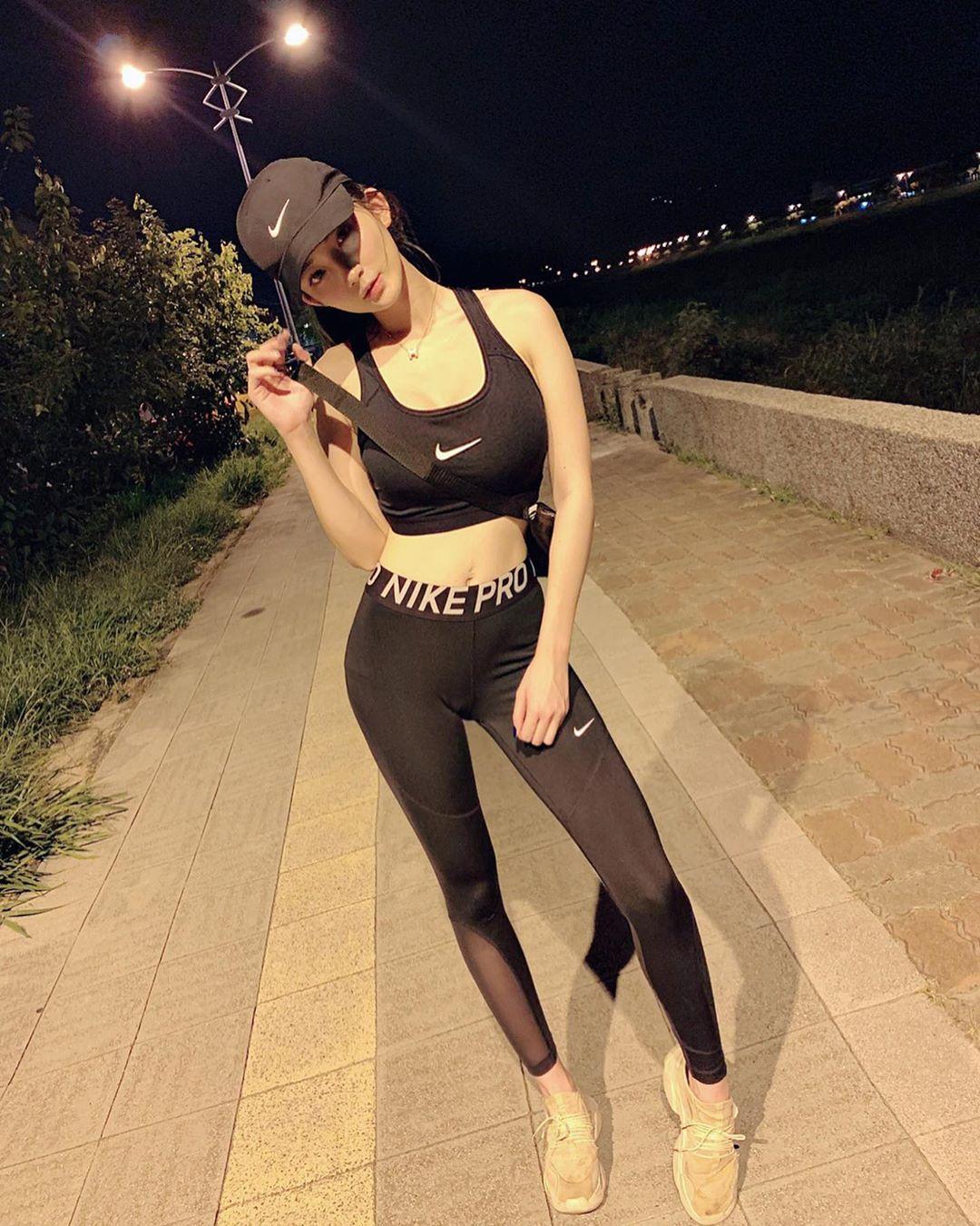 uCKZ6h - IG正妹—Sami