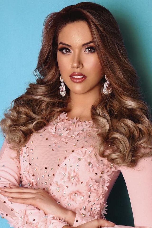 candidatas a miss peru 2020. top 10: pag 5. top 5: pag 6. top 3: pag 8. final: 29 nov. - Página 7 UWuQw3