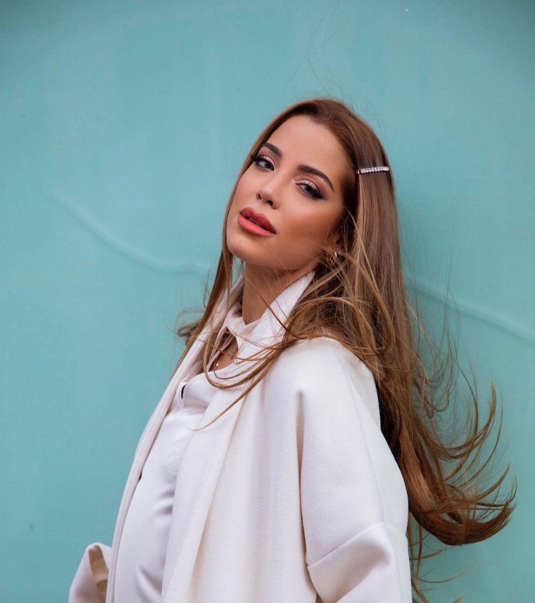 candidatas a miss universe italy 2020. final: 21 dec. - Página 4 UZqItG